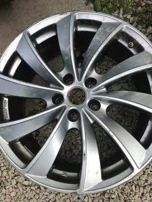 Car Rim for Sale in Highland Park, IL