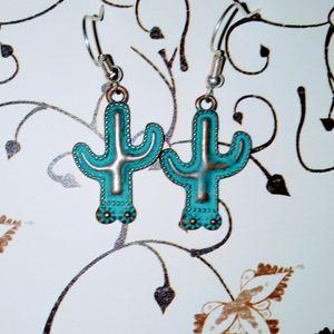Cactus Earrings for Sale in Batesburg-Leesville, SC