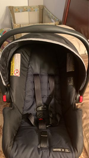 Graco Snugride Car Seat w/ base for Sale in Westerville, OH