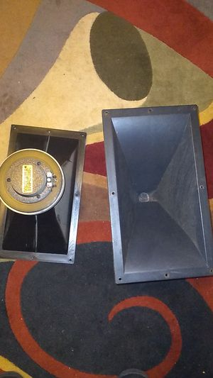 Yamaha voice horn tweeters loud for Sale in Naugatuck, CT