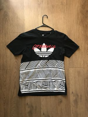 Adidas T-shirt for Sale in Denver, CO