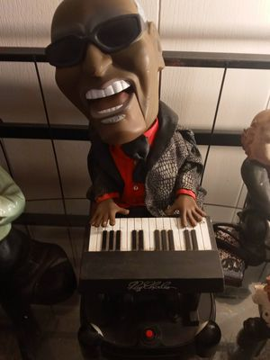 Ray charles plays music for Sale in Morriston, FL