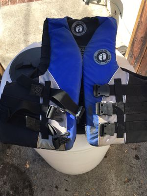 Nice boat life jacket for Sale in San Jose, CA