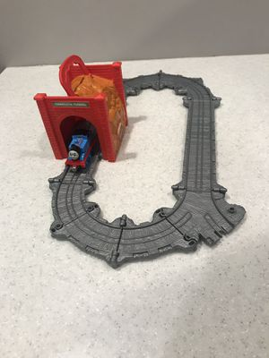 THOMAS THE TRAIN & FRIENDS TAKE N PLAY TIDMOUTH TUNNEL PLAYSET for Sale in Bartlett, IL