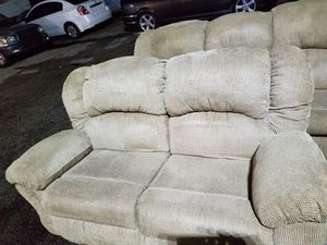 Love seat freee free for Sale in South Miami Heights, FL