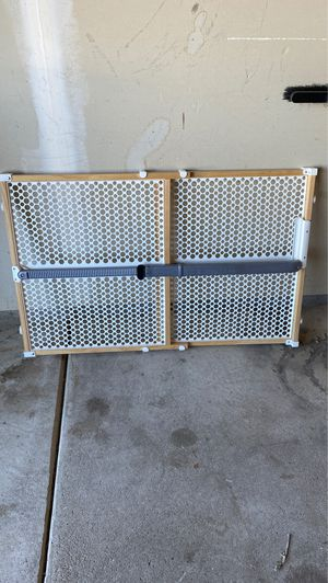 Munchkin baby / dog gate for Sale in New Baltimore, MI