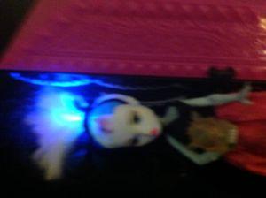 Light up doll & case for Sale in Las Vegas, NV