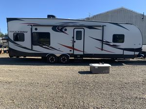 2017 Forrest river shockwave toy hauler for Sale in Oregon City, OR