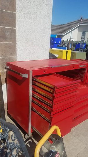 Huge Snap on tool box needs work but can be used as is read description in last picture for Sale in Tracy, CA