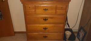 Dresser for Sale in Quincy, IL
