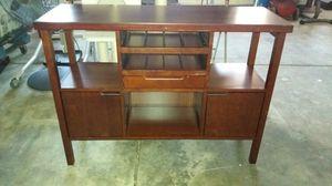 Dresser table for Sale in Sanger, CA