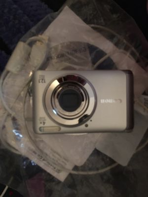 Canon digital camera with all accessories and paperwork for Sale in Nesbit, MS