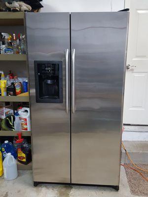 GE stainless steel refrigerator for Sale in Lynnwood, WA