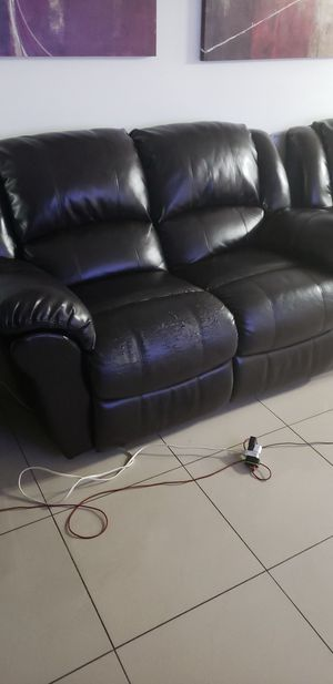 Free sofa and love seat, possible restoration methods available. for Sale in Hollywood, FL