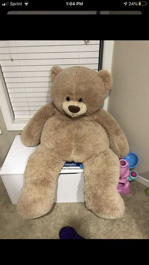 Giant teddy bear (: for Sale in Houston, TX
