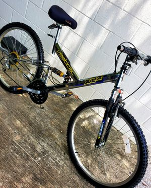 "26"" tire size . 20"" inches frame VERTICAL XL2 MOUNTAIN FULL SUSPENSION BIKE 21-SPEED GREAT CONDITIONS READY TO RIDE. for Sale in Tampa, FL"