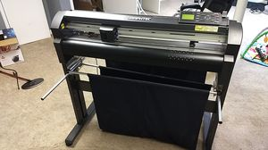 Graphtec Professional Series Vinyl Cutter for Sale in Dalton, GA