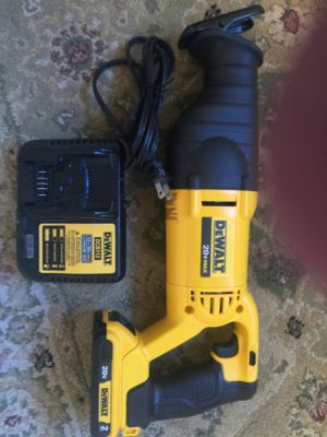 Dewalt 20 Volt Max Variable Speed Reciprocating Sawzall with battey and charger for Sale in Vancouver, WA