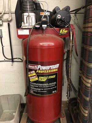 Air compressor/ 60 gallon for Sale in Barberton, OH