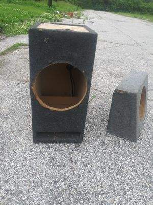 """Subwoofer Speaker Boxes Ported. 10"""",12""""and15"""" for Sale in St. Louis, MO"""