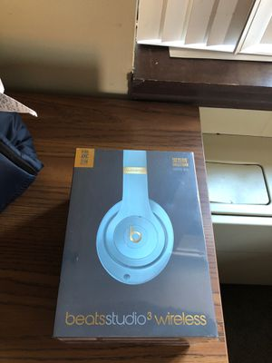 Beats Studio 3 wireless Skyline Collection Crystal Blue for Sale in Pittsburgh, PA