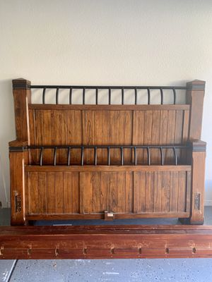 Queen Bed Frame for Sale in Escondido, CA