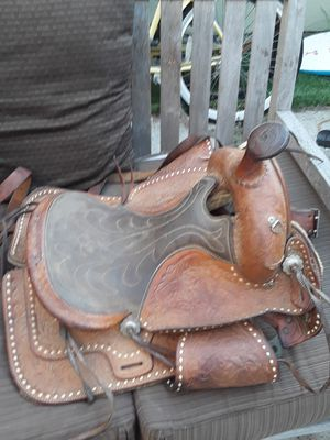Antique Saddle for Sale in Mission Viejo, CA