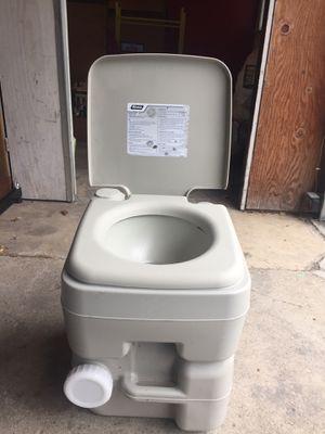 Camco Portable Toliet for Sale in Washington, IL