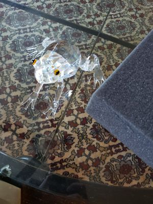 Beautiful Crystal Frog for Sale in Waynesville, MO