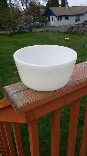 Vintage Pyrex #24 Milk glass mixing Bowl for Sale in Port Angeles, WA