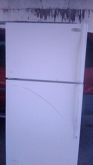 Whirlpool fridge for Sale in Exeter, CA