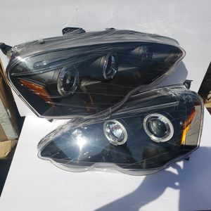 Acura RSX 2002-2004 Halo Projector Headlights for Sale in Phillips Ranch, CA