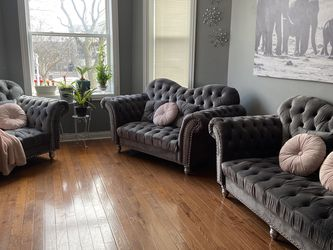 Furniture brand new furniture sets of three gray color for Sale in Chicago,  IL