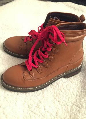 Men's: Guess Boots 9' 40$obo NEW!! for Sale in Denver, CO