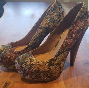 Aldo Kuney Ladies Heels NIB/NBW Sz8 for Sale in Leavenworth, WA