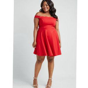 Modcloth Forever Fave Off the Shoulder Dress for Sale in Crandon, WI