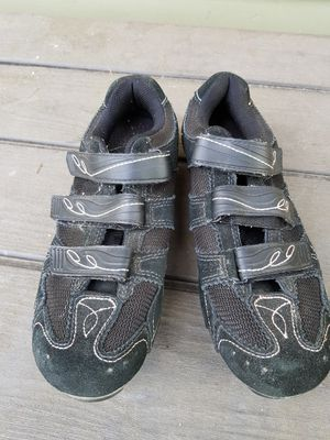SPECIALIZED BIKING SHOES WOMENS SIZE 9 for Sale in Milwaukie, OR