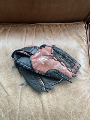 Baseball glove size 11.5 - signed by Tyler Beade for Sale in Redwood City, CA