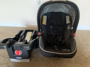 Baby Car seat and Stroller set. PICK UP ONLY! for Sale in Atlanta, GA