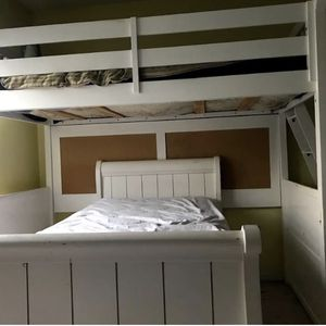 White Twin Bunk Bed for Sale in Raleigh, NC