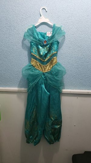 Jasmin costume 4-6 for Sale in Garland, TX