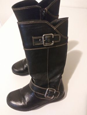 Black winter boots girls size 12 for Sale in Allentown, PA