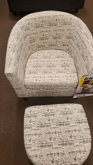 Musical notes Accent chair with free ottoman! for Sale in Victoria, TX