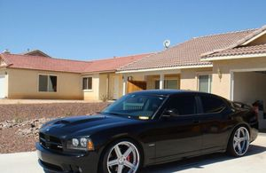 Price$1000/2OO6 Dodge Charger v8 Clean for Sale in Los Angeles, CA