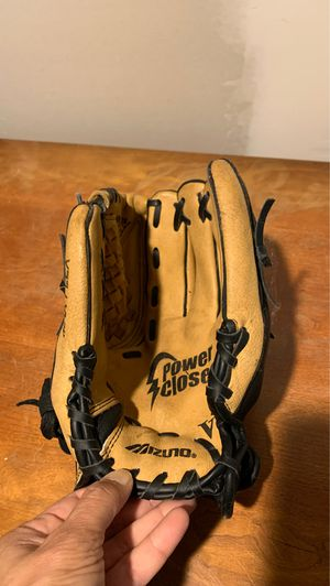 Baseball Glove 11 inch mizuno for Sale in Acton, MA