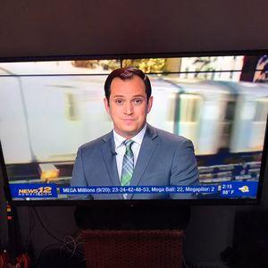 60 inch sharp aquos FLATSCREEN TV for Sale in The Bronx, NY