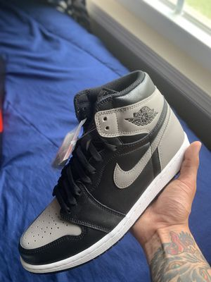 AIR JORDAN 1 SHADOW NEW SZ 10 DS 2018 BRED BANNED ROYAL ROTY OW BAPE for Sale in Alexandria, VA