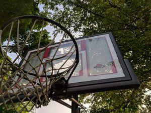 Basketball hoop for Sale in Camden, NJ