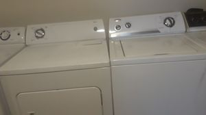 WHIRLPOOL WASHER AND DRYER SET for Sale in Hillsboro, OR