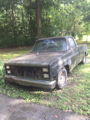 1986 GMC black pickup truck-Lost Title-$1000 for Sale in Millersville, MD